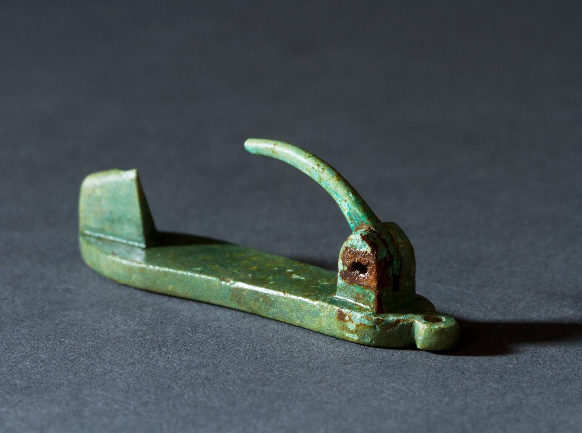 Een 'sandaal' fibula © Dieter Jehs