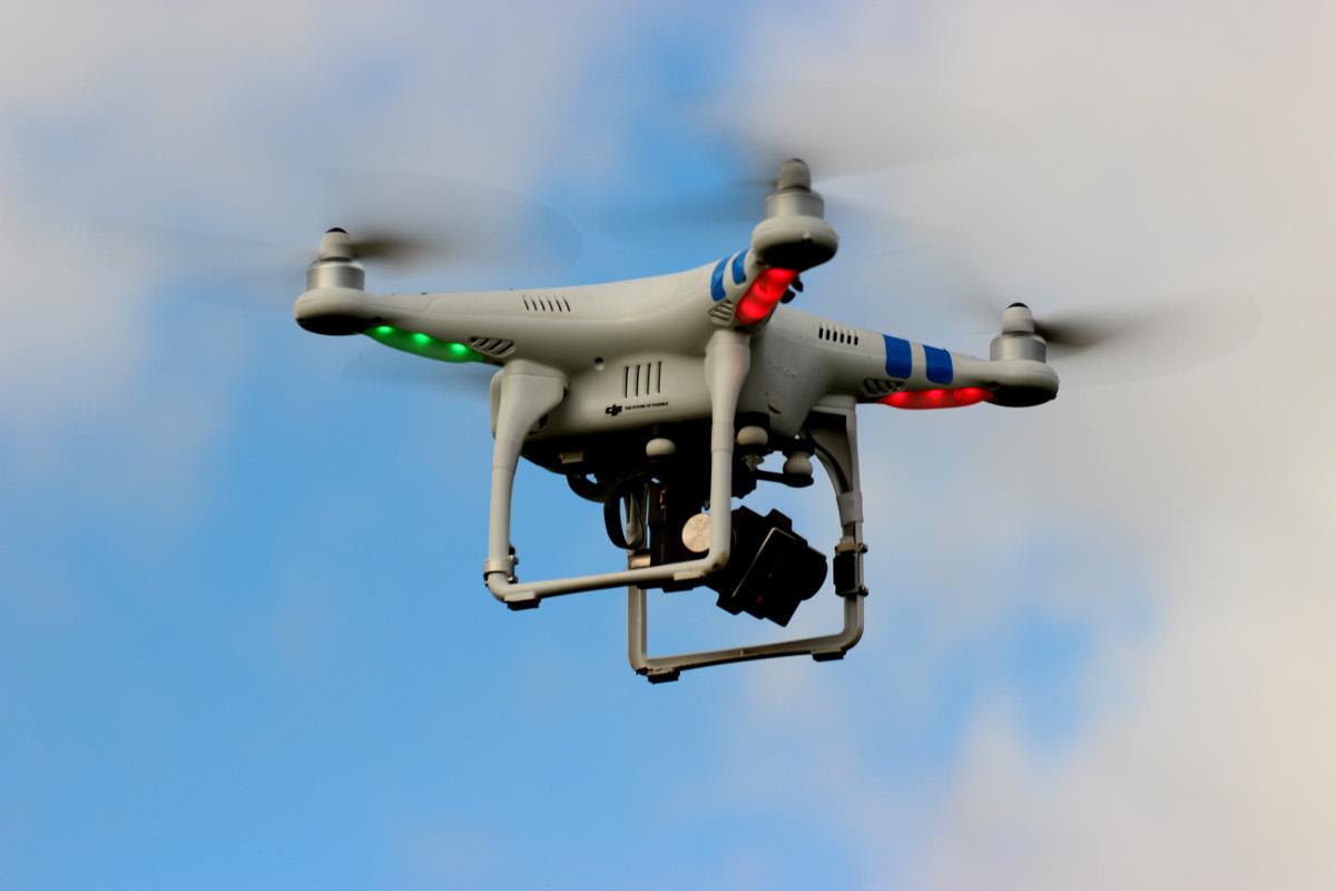 Dat is hem dan: een quadcopter in volle actie © Dirk Trachet